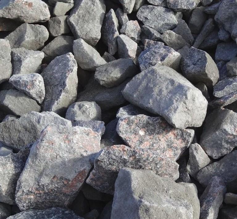 Бутовый камень фракция 150-250